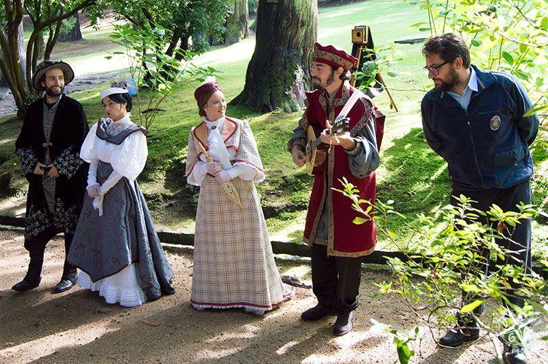 Actores de la visita teatralizada en el Castillo de Soutomaior