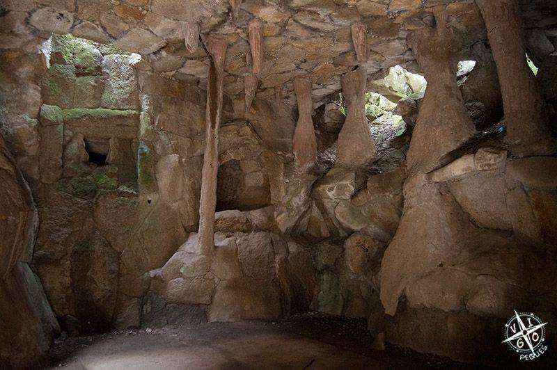 Estalactitas y estalagmitas en el Parque del Pasatiempo