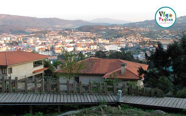 Vista de Pontevedra desde el Parque A Caeira en Poio