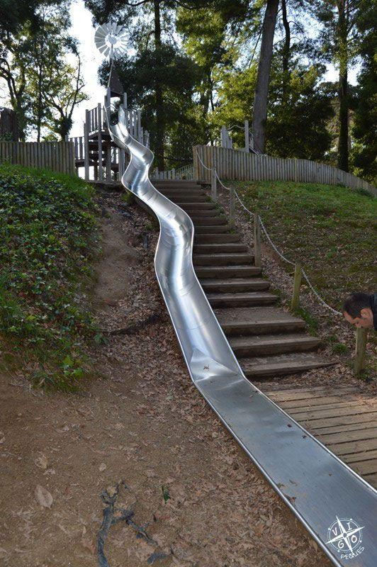 Tobogán en el Parque de los sentidos en Marín - Granja de Briz