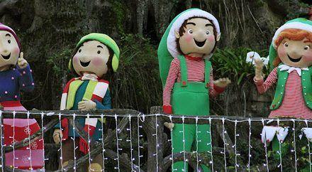Las Mascotas de Perlim abren la Cabalgata de Reyes en Baiona