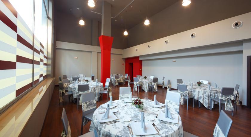 20 restaurantes para celebrar tu comuni n en vigo y for Hoteles en vigo con piscina