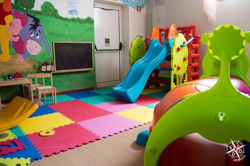 Parque infantil en Colher de Pau