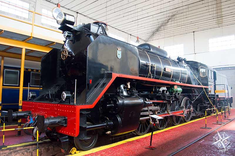 La joya del museo es la locomotora de tracción a vaporMikado F2111