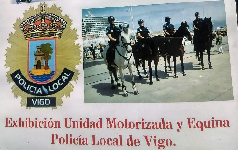 Exhibición de la Policia Motorizada y Equina