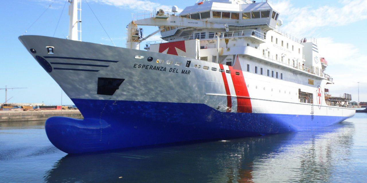 Visita el Buque Hospital Esperanza del Mar