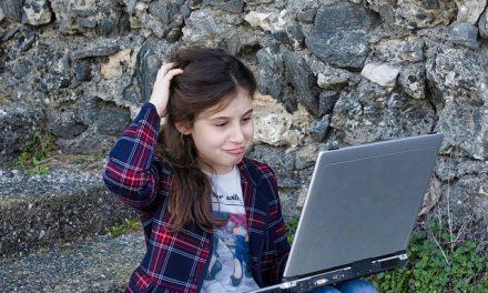 Charla en Vigo: Los menores ante las nuevas tecnologías beneficios y riesgos