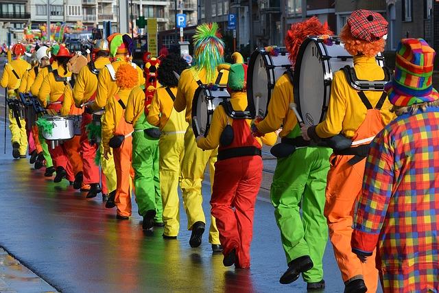 Desfiles y entierros de Carnaval en la provincia de Pontevedra