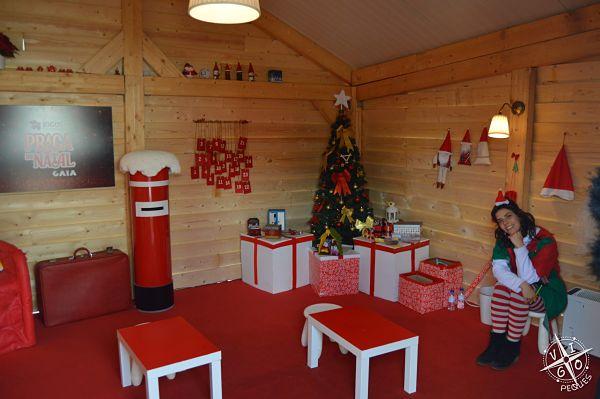 Casa de Papa Noel  en a Praça de Natal de Gaia