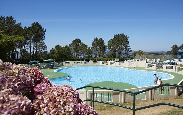 Mercantil Vigo: el centro de ocio para las familias este verano abre sus piscinas