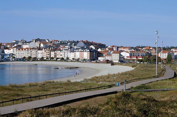 Galicia entra en la Fase 2 con apertura de playas y piscinas