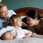 Las familias con dos hijos y monoparentales tendrán la misma deducción que las numerosas en el IRPF