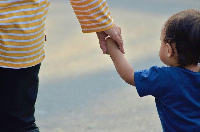 Ayuda de 400 euros por hijo, en qué consiste realmente