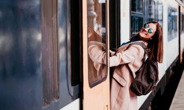 El tren Vigo- Oporto vuelve a 5,25 euros
